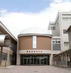 校舎の写真です