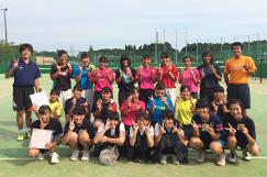 女子ソフトテニス部の写真です。